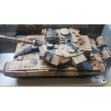 Rc model tank s mnoha funkcemi na dalkove ovladani